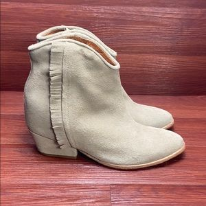 """Free Ship Ariat two24 leather booties """"Fender"""" tan"""